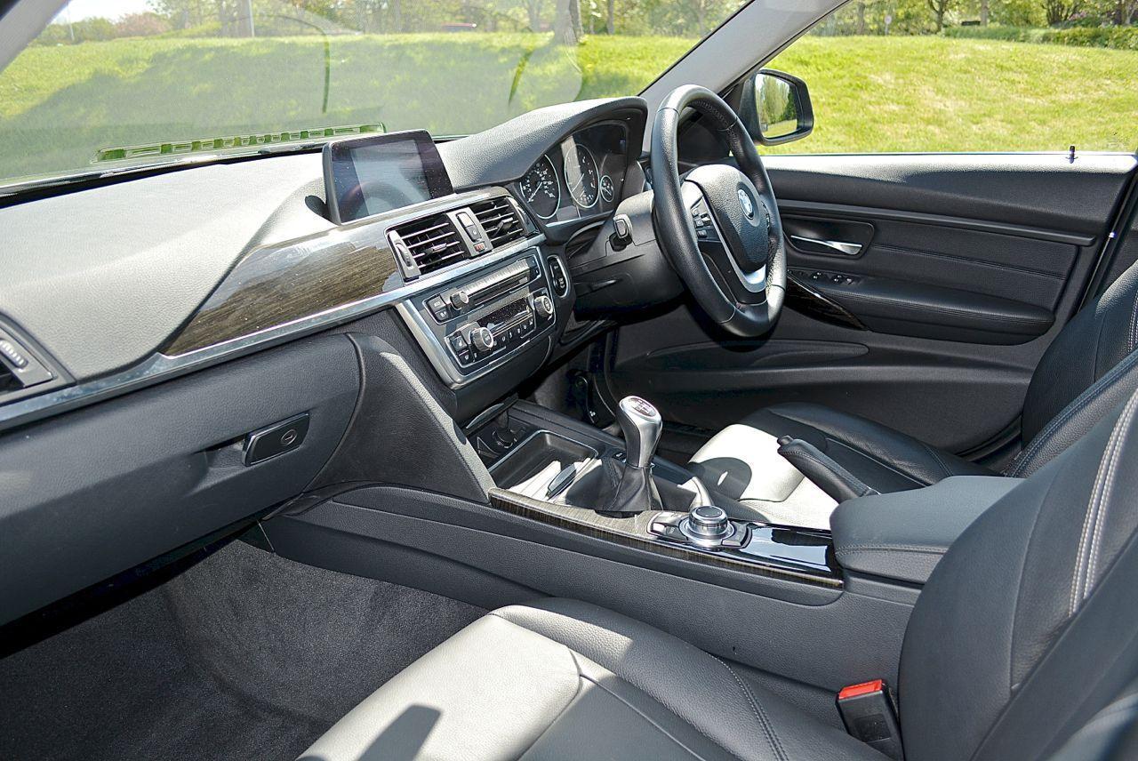 BMW 320D Luxury Guaranteed Car Finance 4
