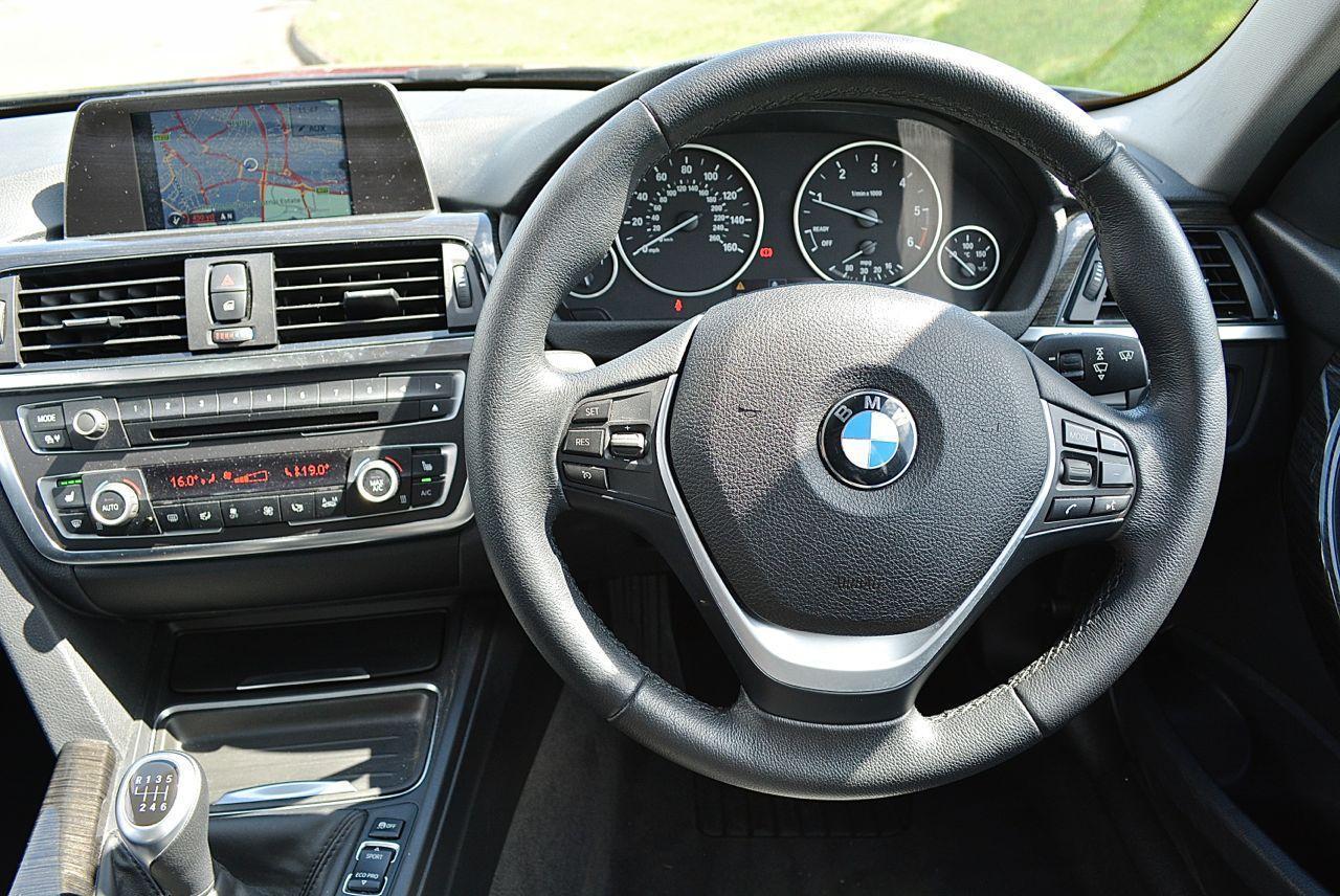 BMW 320D Luxury Guaranteed Car Finance 13