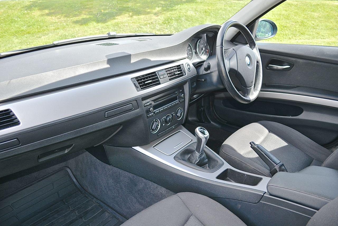 BMW 320 Guaranteed Car Finance 3