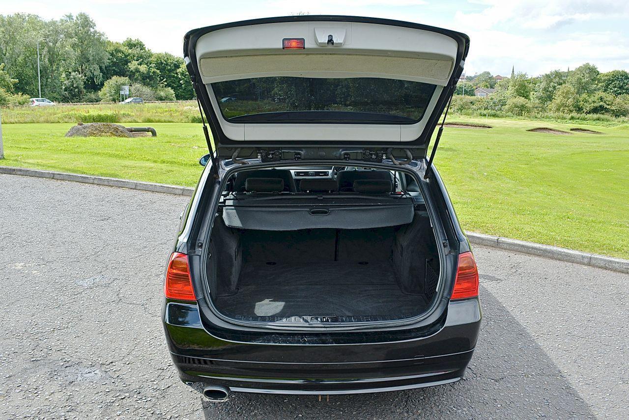 BMW 320 Guaranteed Car Finance 16
