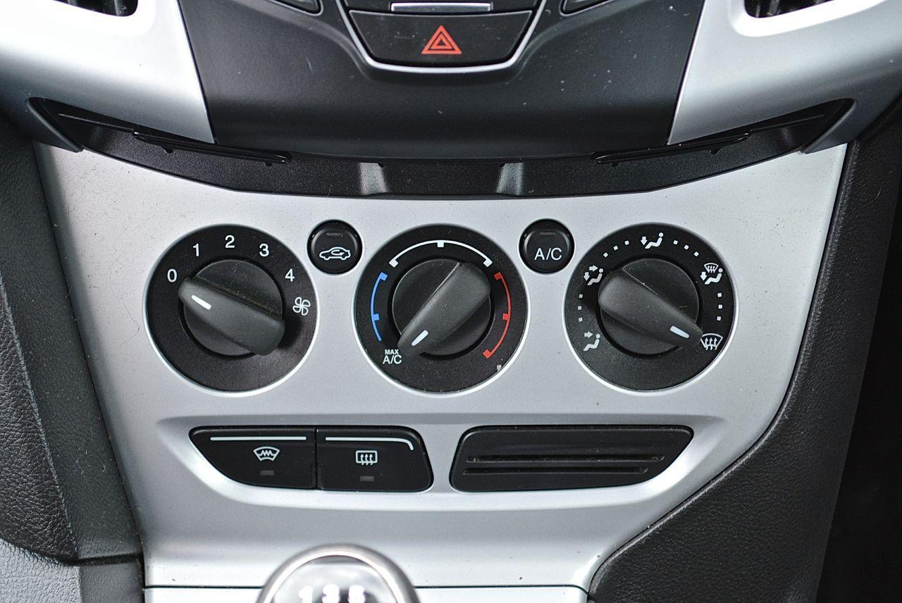 Ford Focus Guaranteed Car Finance 8