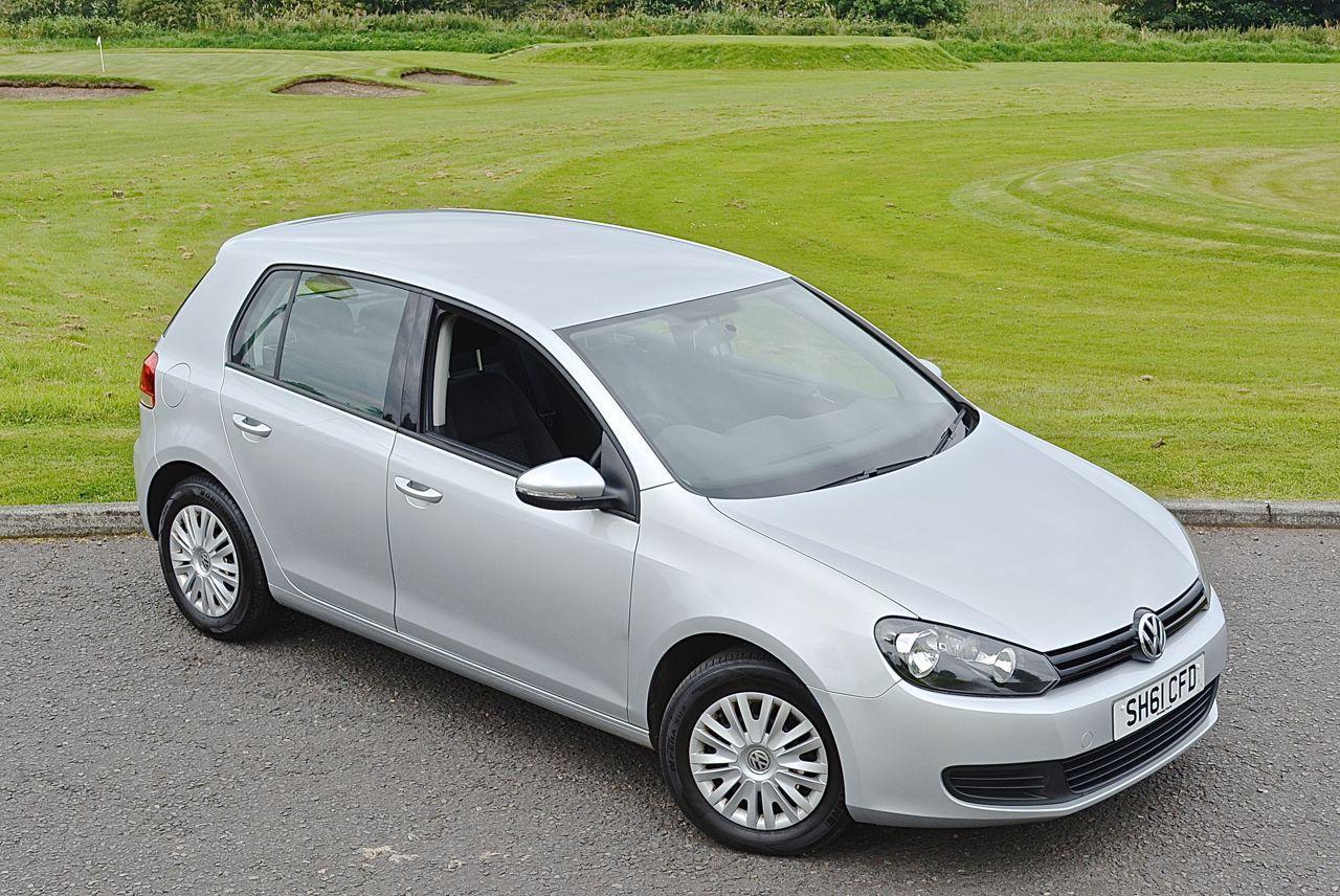 Volkswagen Golf 1.6 TDI S silver Guaranteed Car Finance