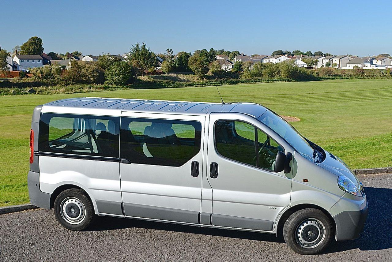 vauxhall vivaro 2 9t 2 0cdti 9 seats guaranteed car finance. Black Bedroom Furniture Sets. Home Design Ideas