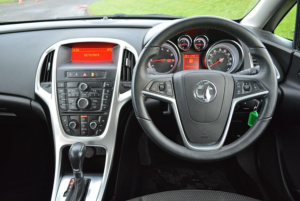 VAUXHALL ASTRA SRI GUARANTEED CAR FINANCE 8