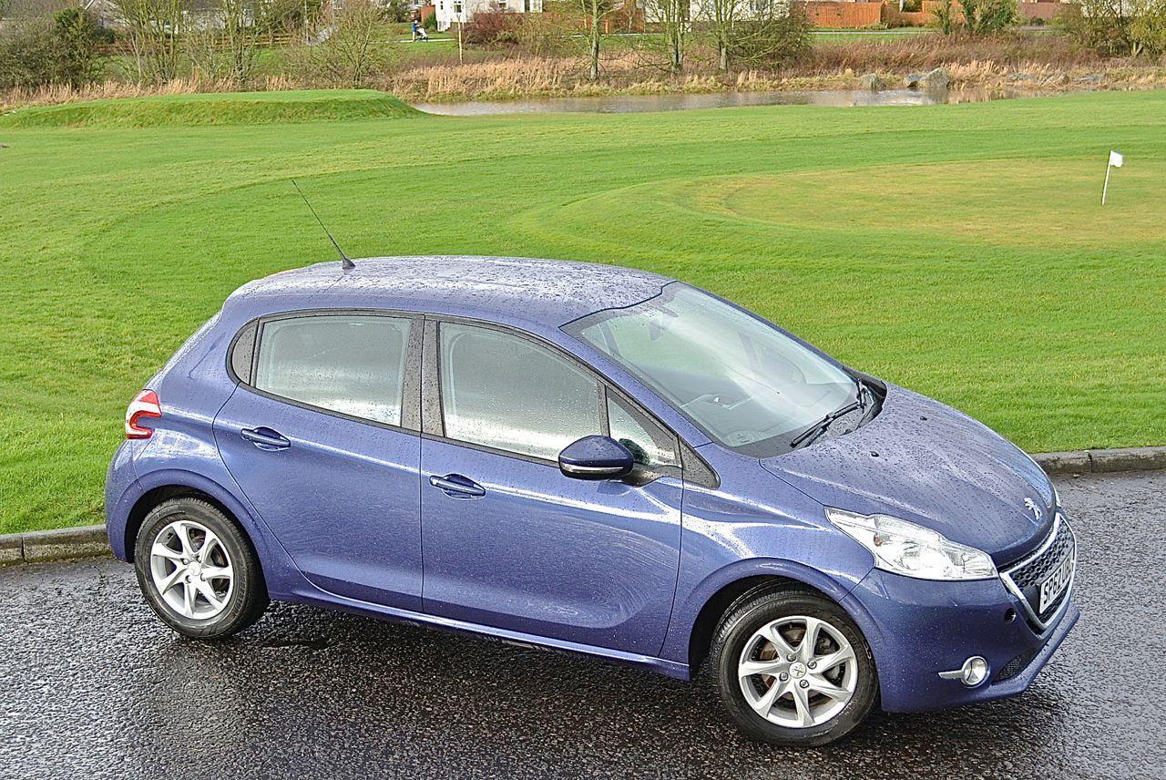 Peugeot 208 Guaranteed Car Finance 1