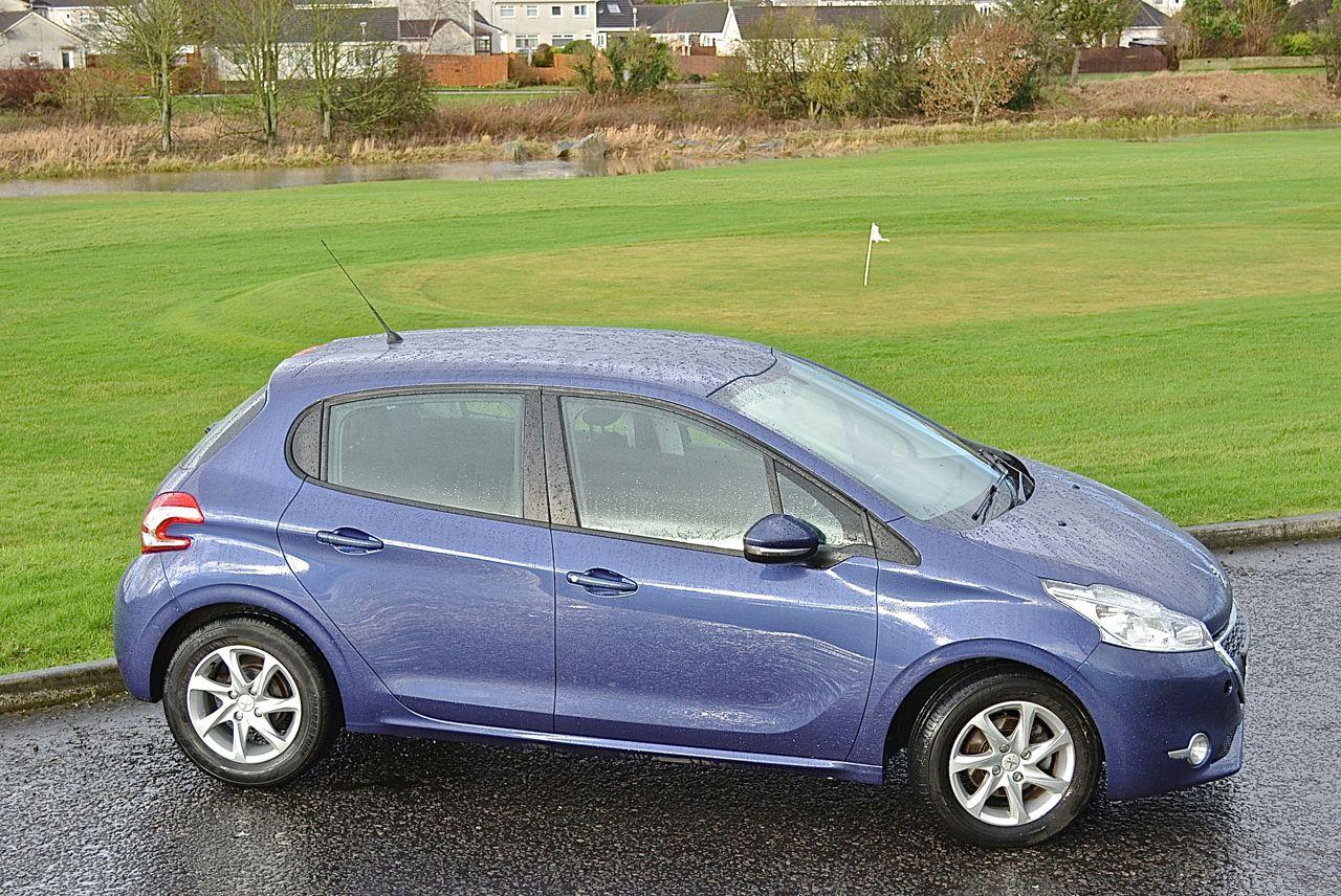 Peugeot 208 Guaranteed Car Finance 2