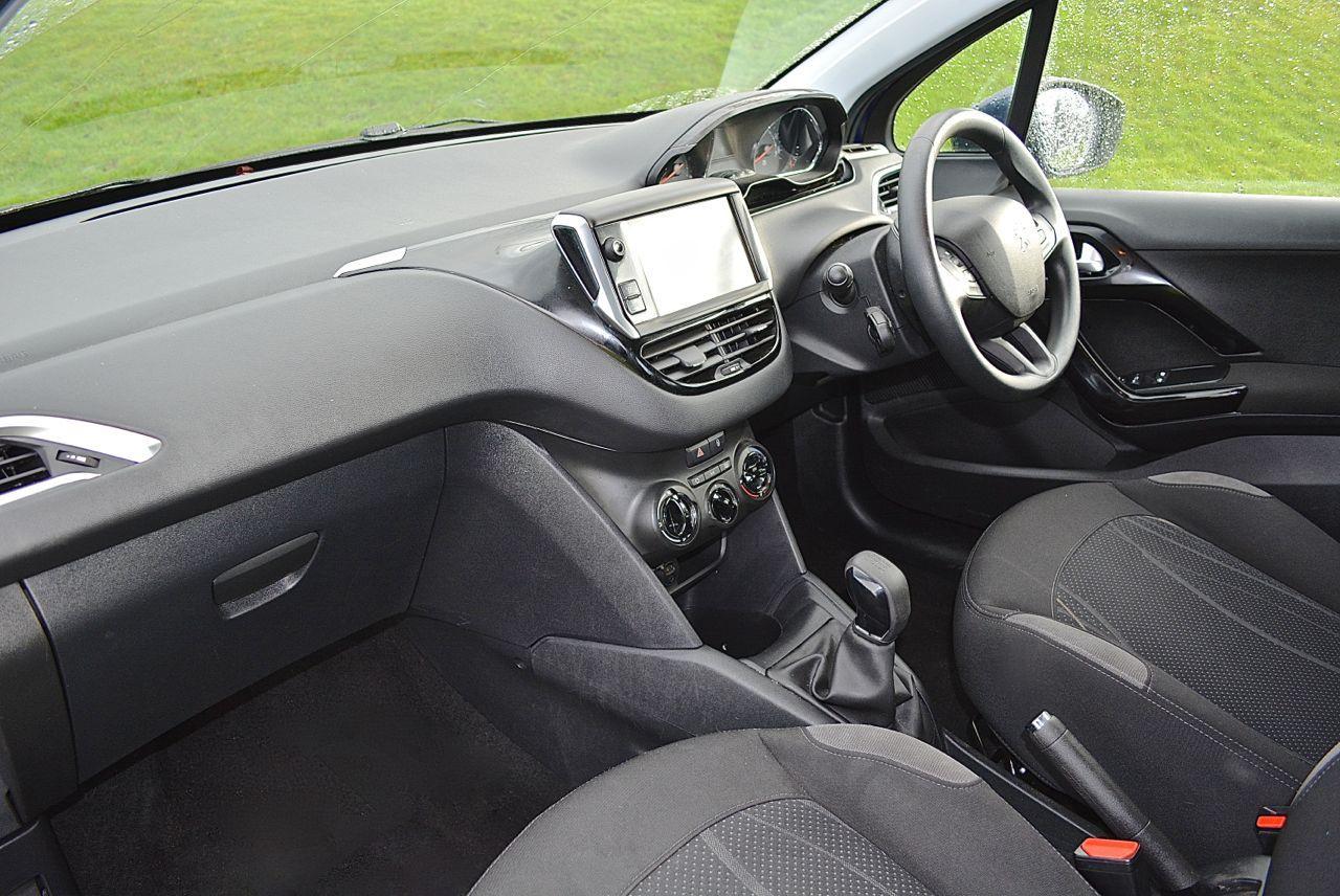 Peugeot 208 Guaranteed Car Finance 3