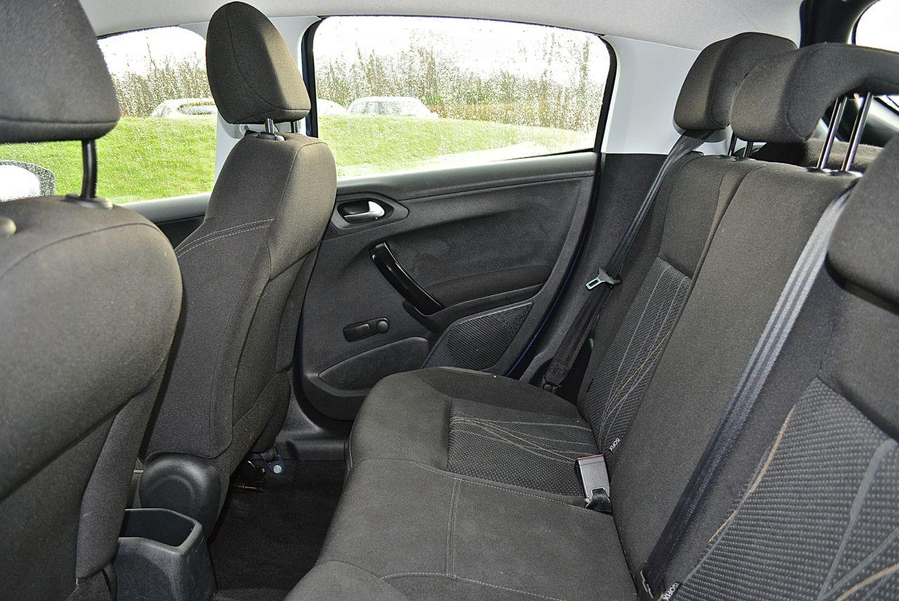 Peugeot 208 Guaranteed Car Finance 5