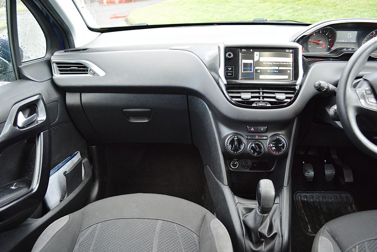 Peugeot 208 Guaranteed Car Finance 13