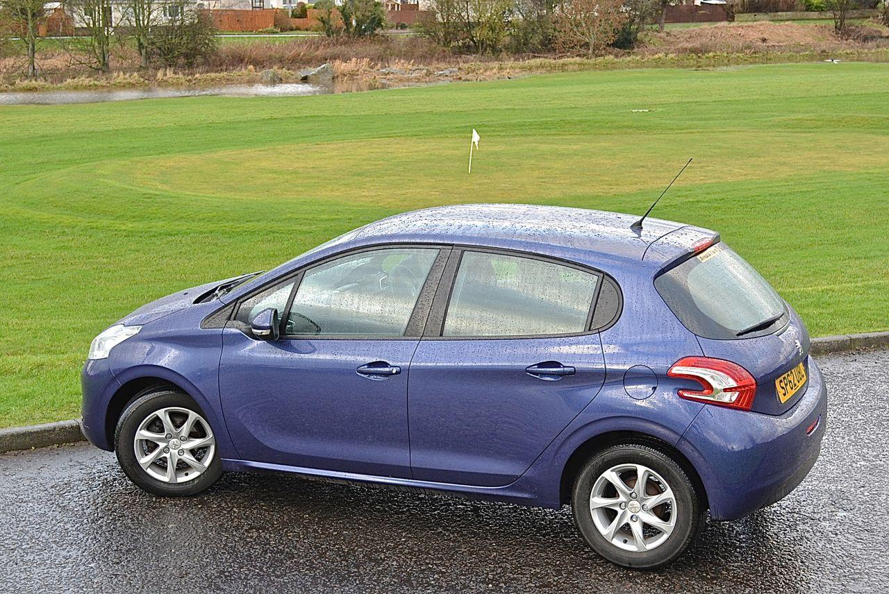 Peugeot 208 Guaranteed Car Finance 16